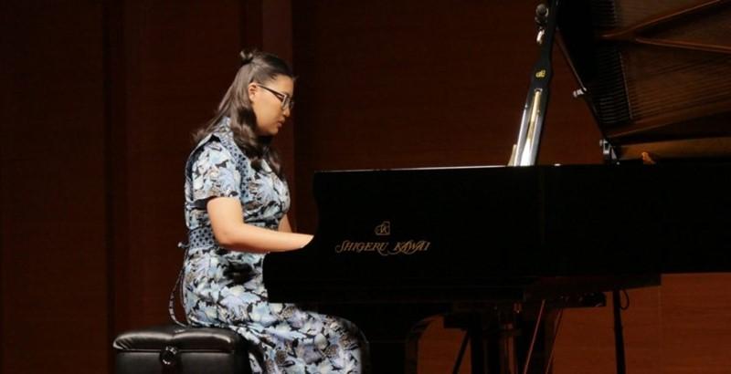 Resital Piano Tunggal Hastuti Hera Hardiyanti